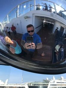 Mirro Selfie on NCL